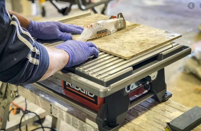 Use a Wet Tile Saw